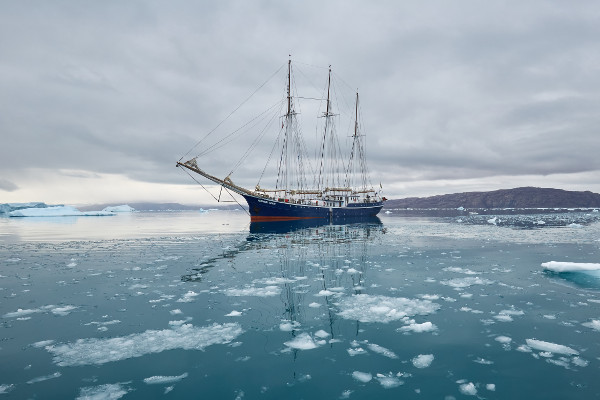 Northern Lights cruise itinerary - sailing