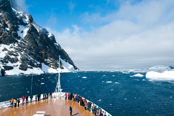 Svalbard cruise itineraries