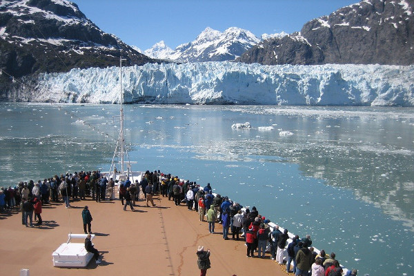 Best time to cruise Glacier Bay