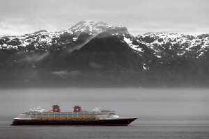 Types of Alaska cruise ships - liner