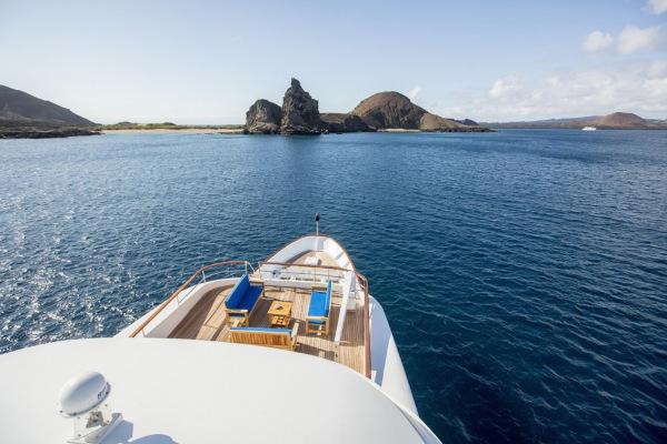 Galapagos cruise ships