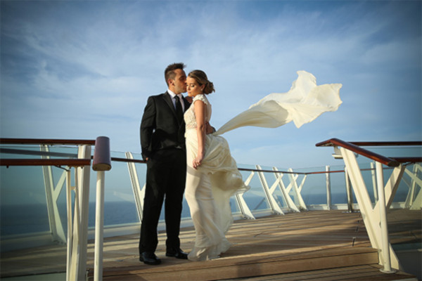 Alaska cruise wedding
